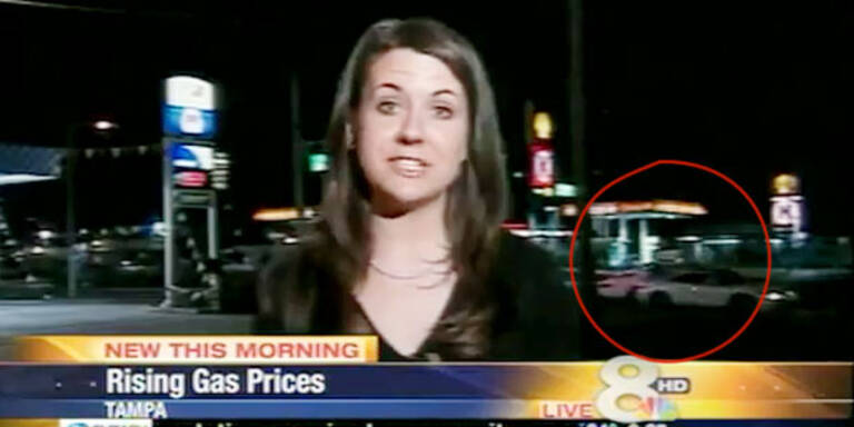 Video: Unfall während Live-TV-Bericht