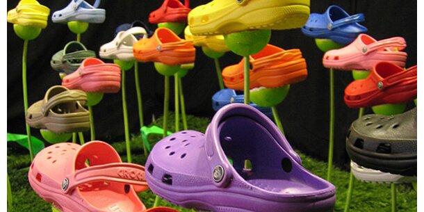 Crocs bringt jetzt auch Kleidung auf den Markt