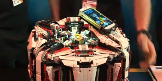 Roboter knackt Zauber-Würfel in 3,2 Sekunden