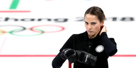 Curling-Beauty versext Olympia