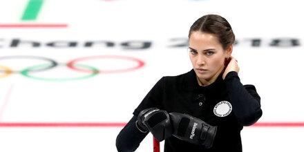 Curling-Beauty versext Olympia