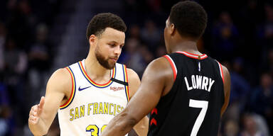 Toronto fixiert Play-off bei Curry-Comeback