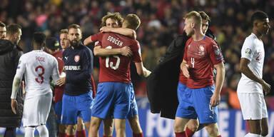 England muss nach 1:2 in Tschechien auf EM-Ticket warten