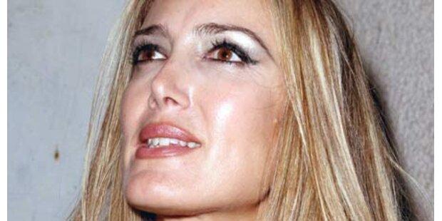 Berlusconi-Callgirl hatte Todesangst