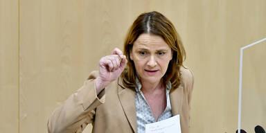 "FPÖ wettert gegen ""Masken-, Impf- und Testzwang"""