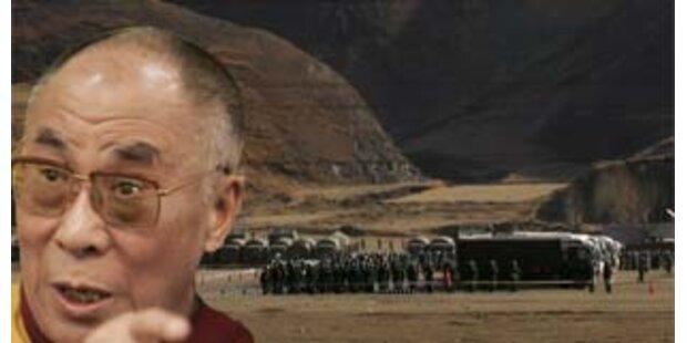 Tibetkrise spitzt sich zu - Dalai Lama fordert Dialog
