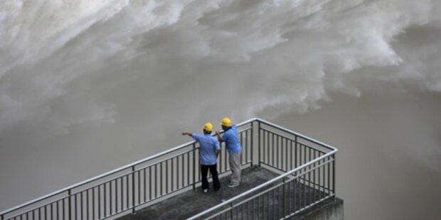 China: Mega-Damm hält Hochwasser stand