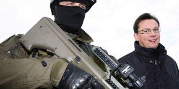 BM Darabos verteidigt das Bundesheer