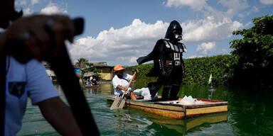 "Star-Wars-Tag: ""Darth Vader"" kontrolliert ""Lockdown"""