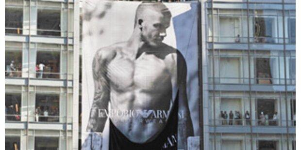 Übergroßer Beckham löst Massenhysterie aus