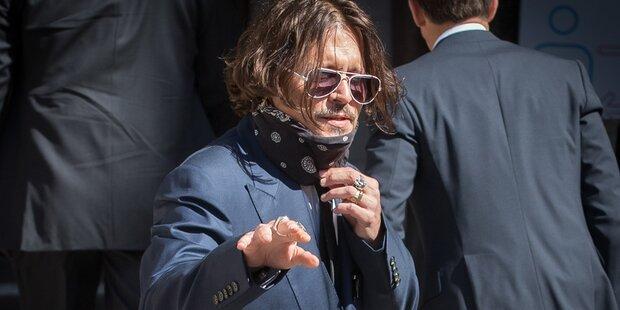 Angestellte von Johnny Depp verteidigen ihn vor Gericht