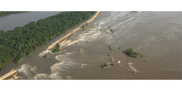Mississippi-Dämme trotzen Hochwasser