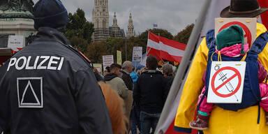 Anti-Corona-Demo: 30.000 bei Mega-Protest