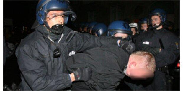 Ausschreitungen bei linker Demo in Frankfurt