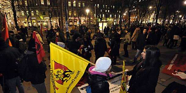 Demo gegen den WKR-Ball 2012