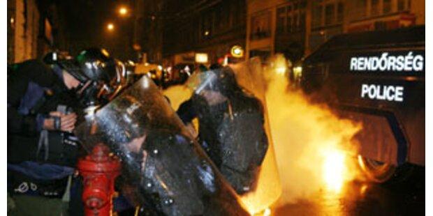Schwere Ausschreitungen bei Demo in Budapest