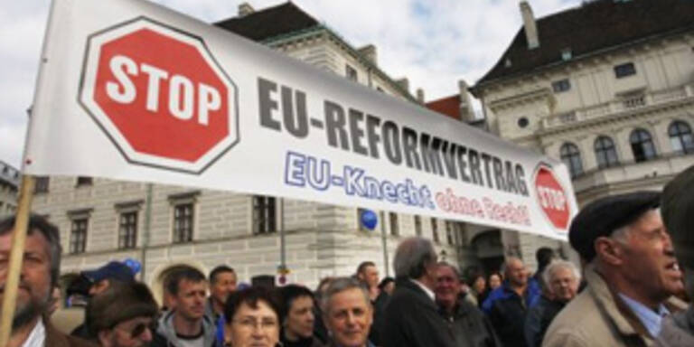 Demos in Wien gegen den EU-Reformvertrag