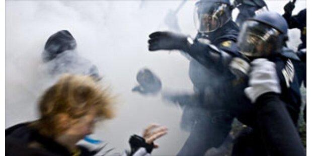 Polizei löst Jugendemo in Kopenhagen auf