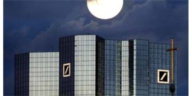 Deutsche Bank rutscht ins Minus