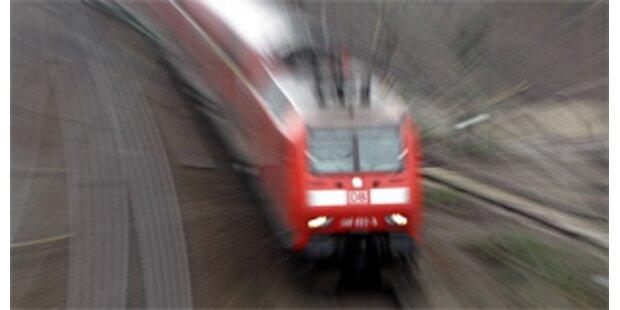 Mehr Geld + weniger Arbeit für deutsche Lokführer