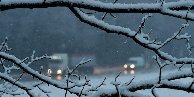 Schnee und Glatteis halten Deutschland auf Trab