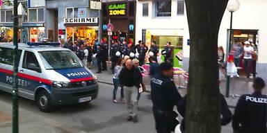Straßenschlacht mit deutschen Hooligans