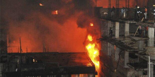 Großbrand in Bangladesch: 117 Tote
