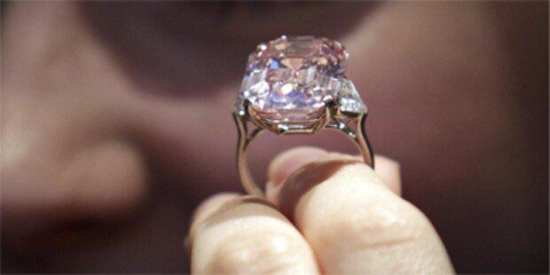 Diamantring für 33 Mio Euro versteigert