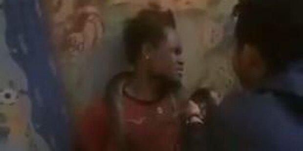 Polizei foltert Dieb mit Zwei-Meter-Schlange