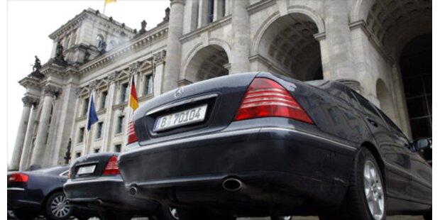 Minister-Dienstwagen im Urlaub gestohlen