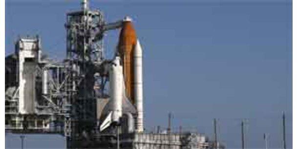 """""""Discovery"""" bringt Labor und Klo-Pumpe zur ISS"""
