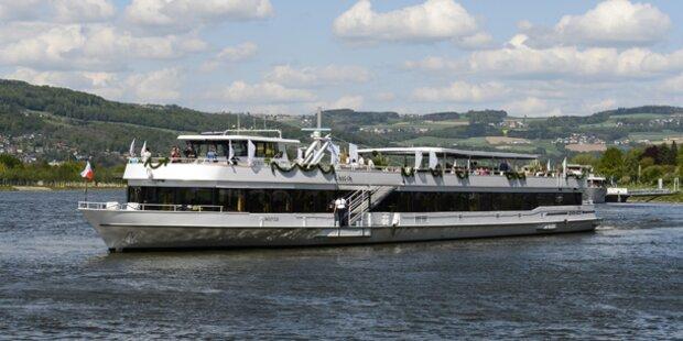 Noroviren-Alarm: Großeinsatz auf Donauschiff