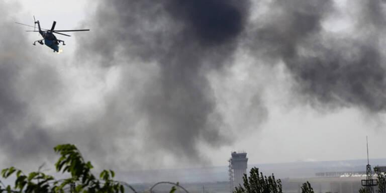 Kampfflugzeuge über Donezk