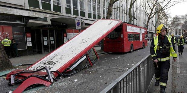 London: Ast