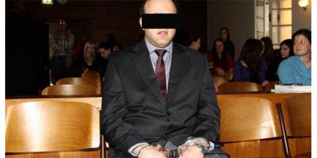 Vatermörder wird in Anstalt eingewiesen