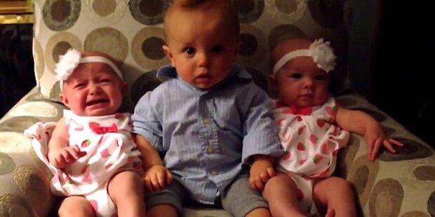 Zwillinge: Baby versteht die Welt nicht mehr