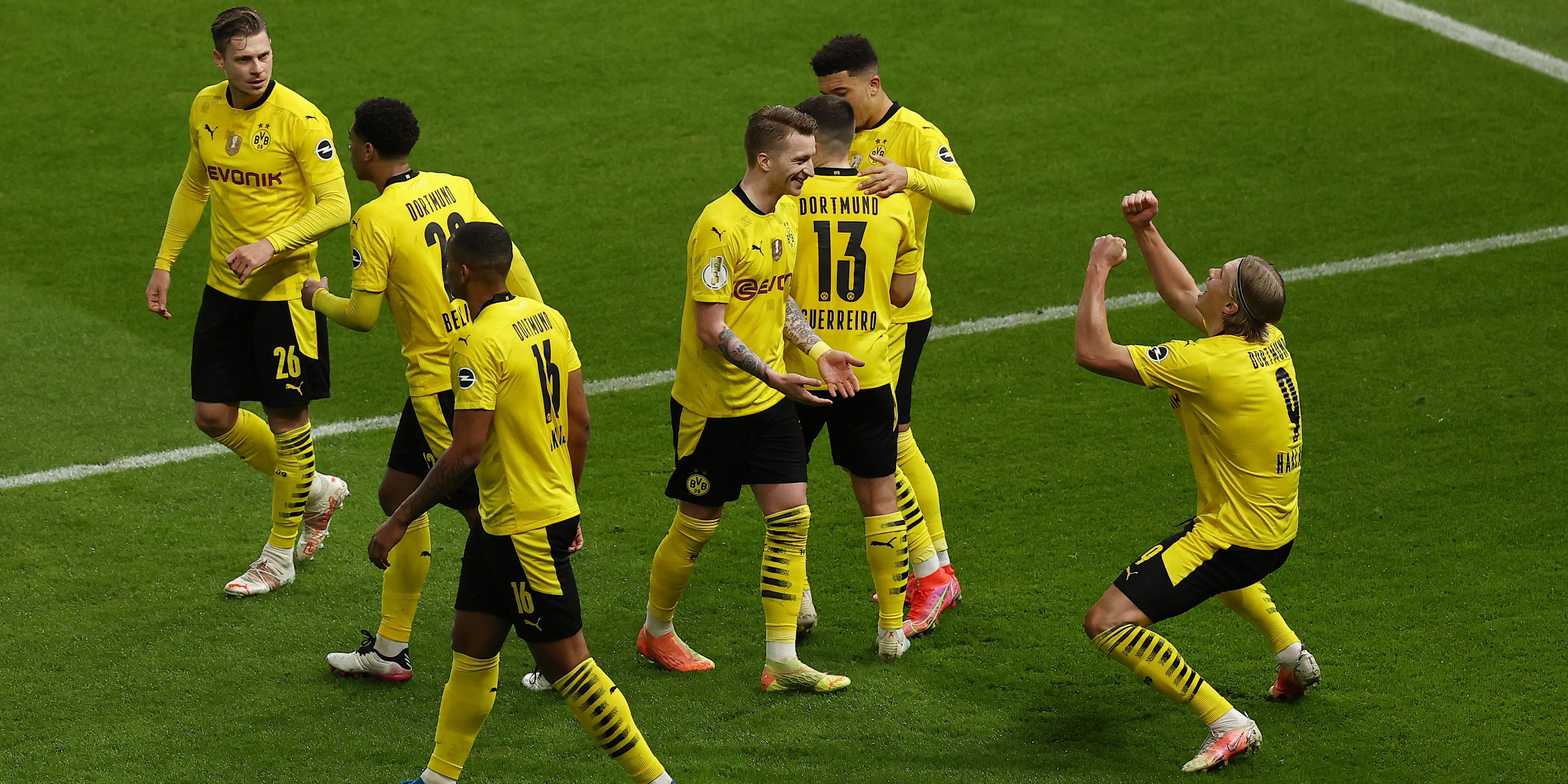 Dortmund jubelt gegen RB Leipzig
