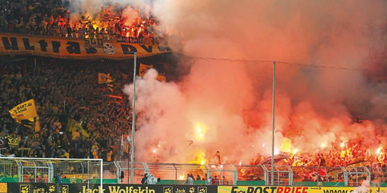 Dresden-Fans randalieren in Dortmund