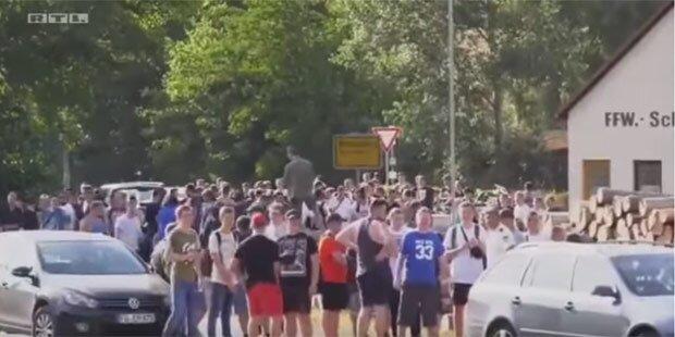"Hass-Demo gegen YouTuber ""Drachenlord"""