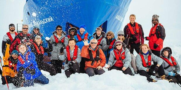 Polar-Schiff: Rettung per Hubschrauber