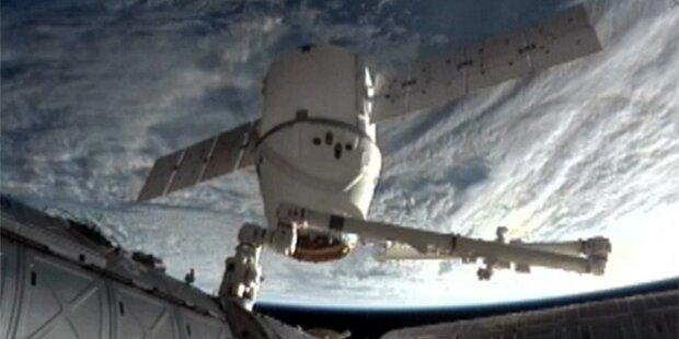 Private Raumfähre kehrte zur Erde zurück