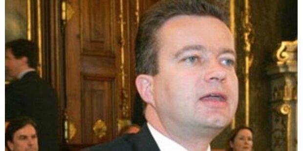 Drexler attackiert SPÖ und Bundespräsident Fischer