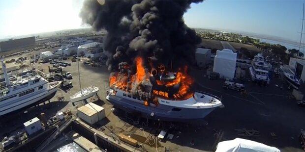 Drohne filmt Feuer-Inferno auf Luxus-Yacht