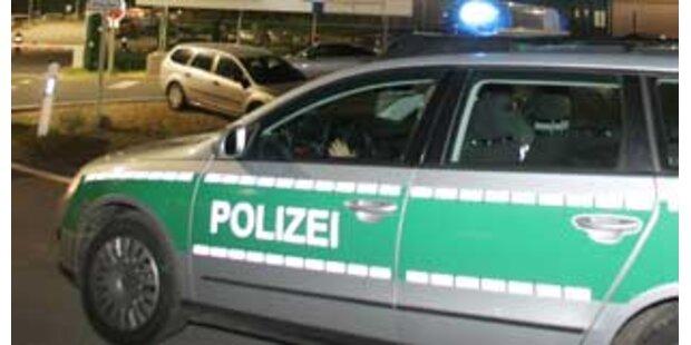 Deutscher Senior baute vier Unfälle in 2 Stunden
