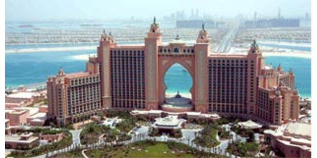 Nobelhotel auf Dubais Palmeninsel hat eröffnet