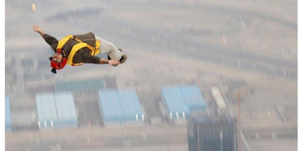 672-Meter-Sprung vom Dubai-Turm