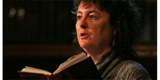 Erstmals eine Frau Hofdichter in GB