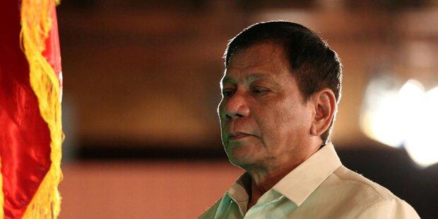 Philippinen-Kim droht Beamte aus Helikopter zu werfen