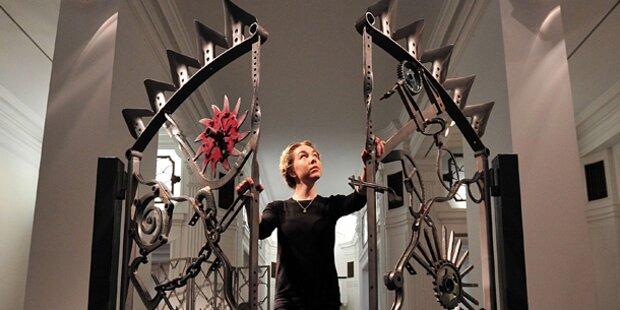 Ein Künstler Kunst aus Eisen und Stahl