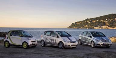 Mercedes A-Klasse, E-BMW und -VW kommen